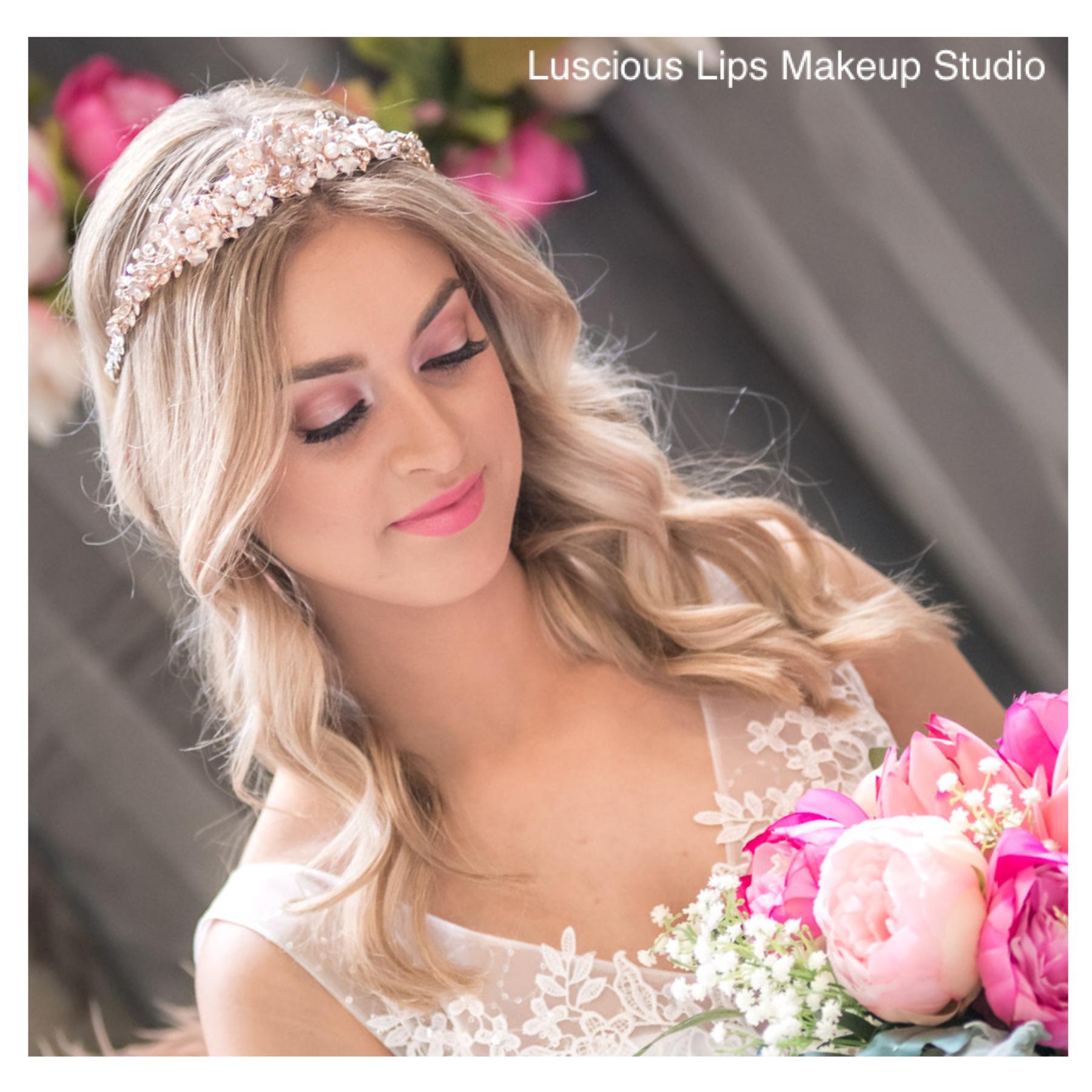 Bridal Makeup (Airbrushed)